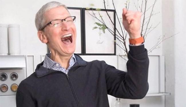Nụ cười Tim Cook - CEO của Apple