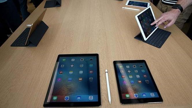 iPad vẫn đang dẫn đầu thị trường máy tính bảng trong năm 2016 ẢNH: AFP