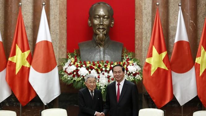 Chủ tịch nước Trần Đại Quang và Nhà vua Nhật Bản Akihito. Ảnh: VGP/Nhật Bắc