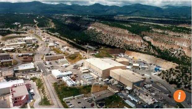 Phòng Thí nghiệm Quốc gia Los Alamos nhìn từ trên cao