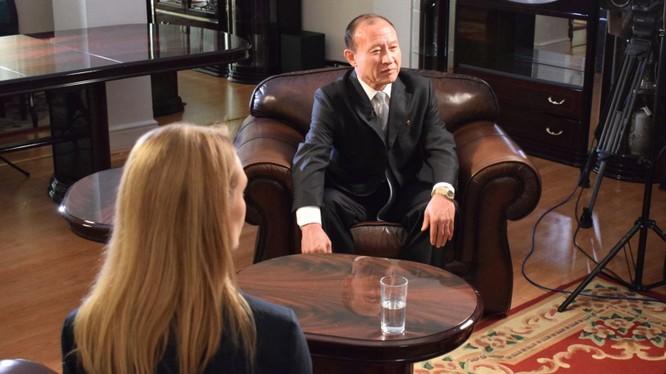 Đại sứ Choe Il trả lời phỏng vấn
