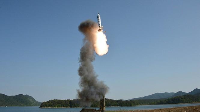 Tên lửa đạn đạo chiến lược Pukguksong-2
