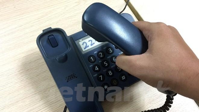 Kẻ gian lợi dụng sự nhẹ dạ của người dân để lừa đảo qua hình thức gọi điện vào số điện thoại cố định. (Ảnh: T.H/Vietnam+