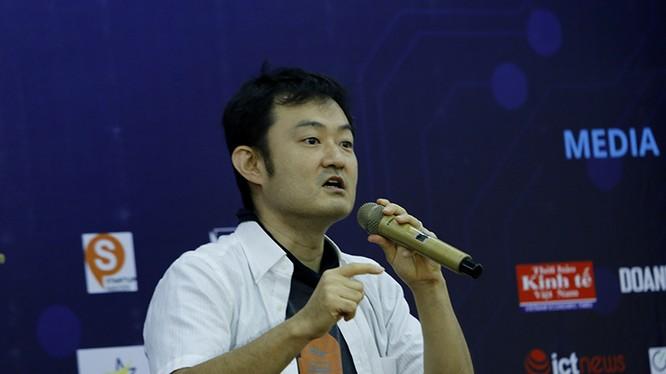 Kazuhiro Obara - nguyên giám đốc điều hành của Rakuten. Ảnh: Loan Lê