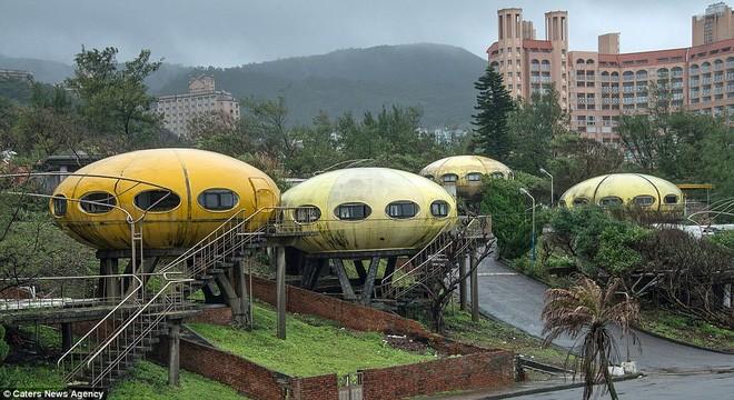 Ngôi làng UFO tại quận Vạn Lý, Đài Loan, từng là địa điểm nổi tiếng vào thập niên 60, 70.