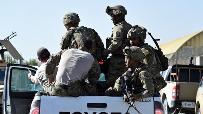Dữ liệu rò rỉ có thể gây ra mối nguy hiểm đến tính mạng quân nhân và người thân ẢNH: AFP