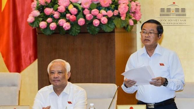 Phó Chủ tịch Quốc hội Đỗ Bá Tỵ phát biểu kết luận tại buổi họp. Ảnh: CTT Quốc hội