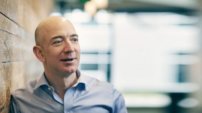 Tỷ phú Jeff Bezos, ông chủ Amazon. Ảnh: Michael Prince