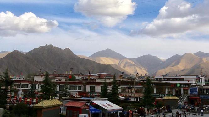 Lhasa (Tây Tạng). ẢNH: THÀNH CAO