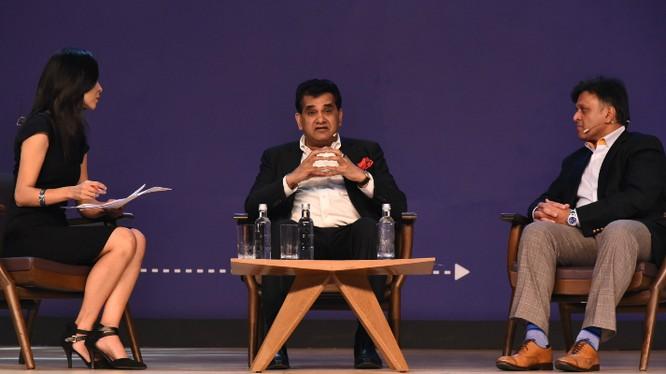 Shereen Bhan, Amitabh Kant và Rajendra Rao tranh luận về 'Thành phố thông minh của Tương lai'