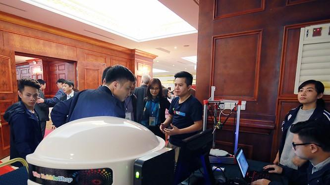 Sản phẩm The Bobbleshop của Maker Hà Nội được giới thiệu tại Techfest 2016. Ảnh: Lê Phượng
