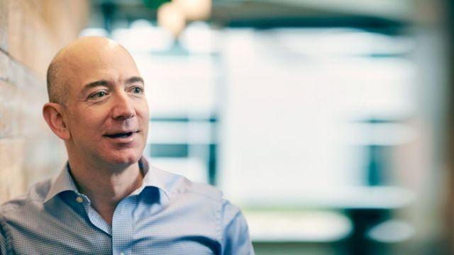 Jeff Bezos. Ảnh: Ren
