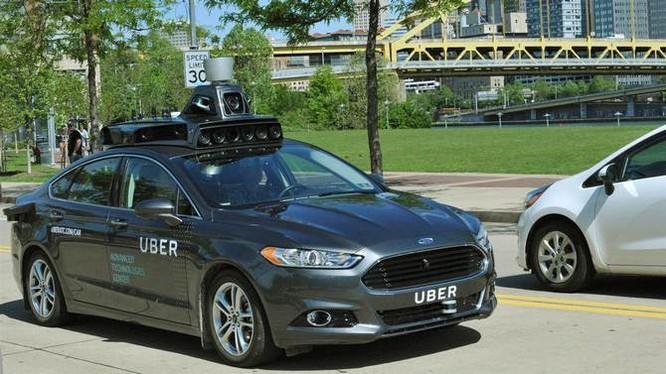 Uber đang thử nghiệm xe tự lái