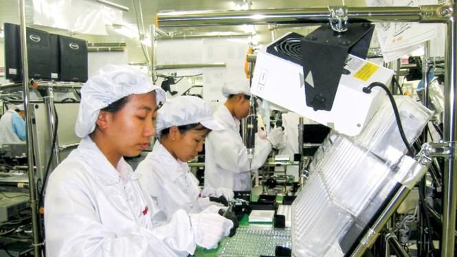Sản xuất máy ảnh kỹ thuật số tại nhà máy Sanyo (Khu công nghiệp Biên Hoà 2)