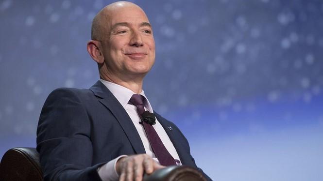 Ông Jeff Bezos ẢNH: BLOOMBERG