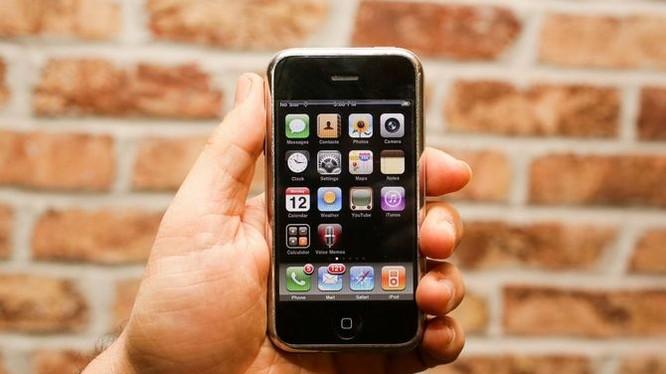 iPhone X đời đầu đã thành công vang dội tại thời điểm ra mắt