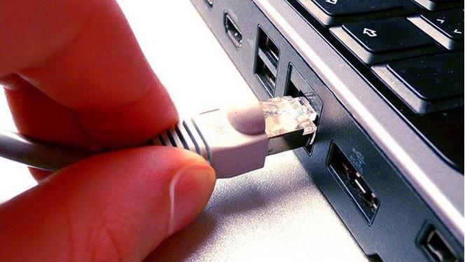 Mạng có dây luôn cung cấp tốc độ truy cập nhanh hơn so với Wi-Fi