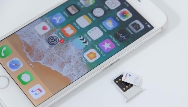SIM ghép (màu đen) phiên bản mới có thể giúp SIM 4G dùng được tại Việt Nam