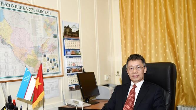 Đại sứ Phạm Văn Phảo