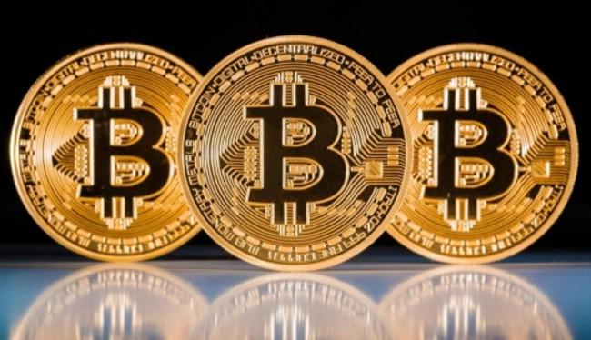 """Tiền ảo có sức hấp dẫn nhờ giá trị """"bong bóng"""" được đẩy lên rất cao so với đồng đô la Mỹ (ảnh: BTC)"""