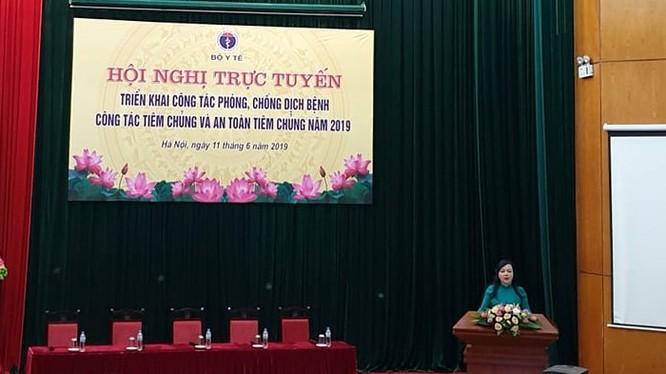 Bộ trưởng Bộ Y tế Nguyễn Thị Kim Tiến phát biểu tại hội nghị về phòng, chống dịch bệnh