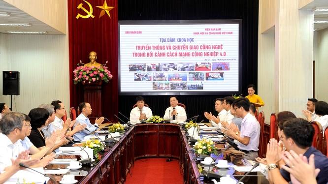 Hội thảo giới thiệu các công nghệ nổi bật gần đây và sẵn sàng chuyển giao của Viện Hàn lâm KH&CN Việt Nam (ảnh: Đăng Khoa)
