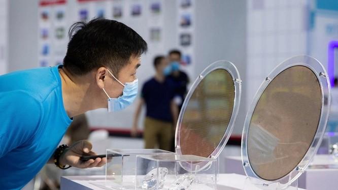 Mỹ vô tình giúp Trung Quốc cải thiện ngành bán dẫn