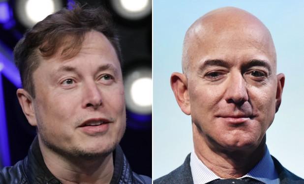 Tài sản của Bezos (phải), Musk đã tăng lên 10% nhờ đại dịch Covid-19. Ảnh: NY Post