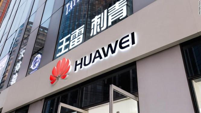 Việc mất một thị trường 5G lớn như Anh có thể khiến tham vọng thống trị thế hệ mạng không dây mới nhất của hãng tan thành mây khói. (Ảnh: CNN)