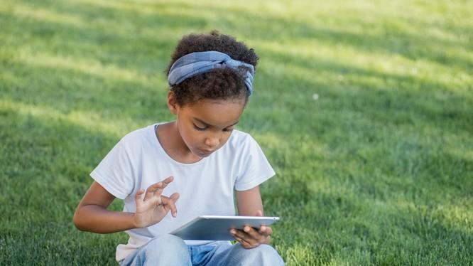 Cây xanh có khả năng ảnh hưởng đến trí thông minh của trẻ em - nghiên cứu mới cho biết. (Ảnh: Daily Mail)