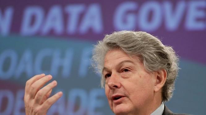 Vào tháng 11/2020, Ủy viên phụ trách vấn đề công nghiệp của Liên minh châu Âu (EU), ông Thierry Breton đã từng cảnh báo sẽ siết chặt kiểm đối với các công ty công nghệ đình lớn thông qua một loạt quy định mới.
