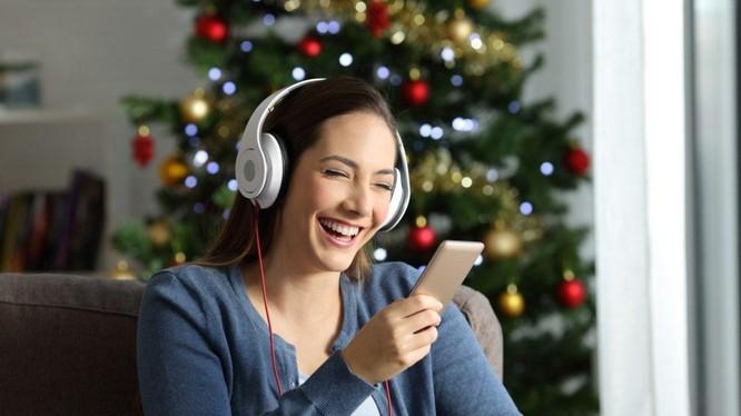 Sự thành công của podcast báo chí đã khiến các đơn vị báo chí, truyền thông ngày càng quan tâm đến các cơ hội mà âm thanh có thể mang lại. Ảnh: What's New In Publishing