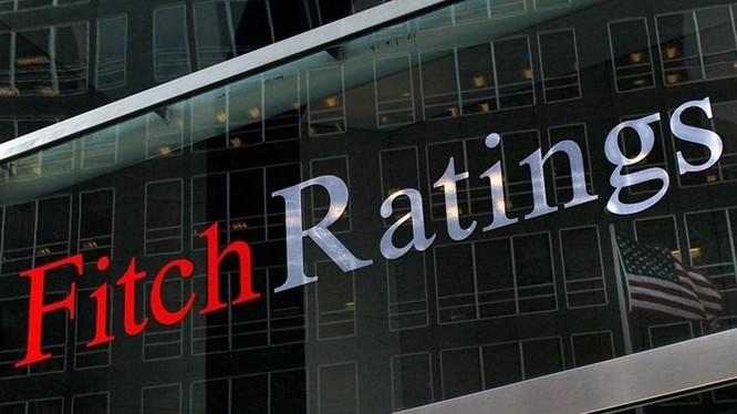 """Fitch Ratings nâng triển vọng Việt Nam từ """"ổn định"""" lên """"tích cực"""""""