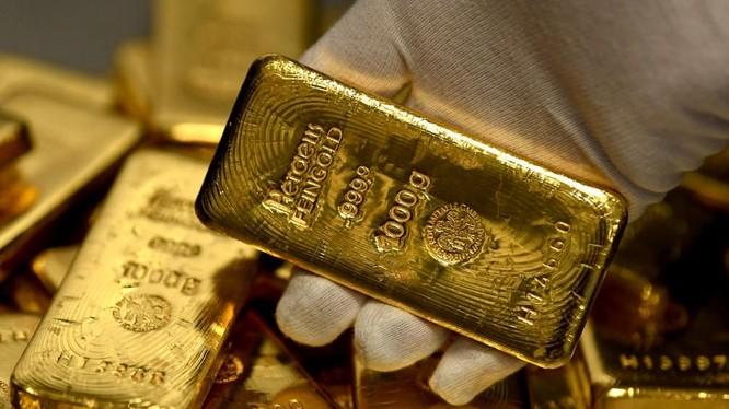 Giá vàng thế giới còn tăng nữa không?