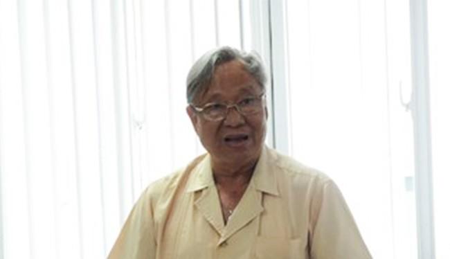 Ông Trịnh Lương Trân, nguyên Giám đốc Bệnh viện Ung thư Đà Nẵng cho biết sẽ làm rõ sự việc sau khi từ TP.HCM về Đà Nẵng