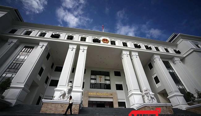 """Liên tiếp sau một loạt """"nhân tài"""" được đào tạo theo Đề án 922 (Đề án Phát triển nguồn nhân lực chất lượng cao) của Đà Nẵng bị khởi kiện ra tòa"""