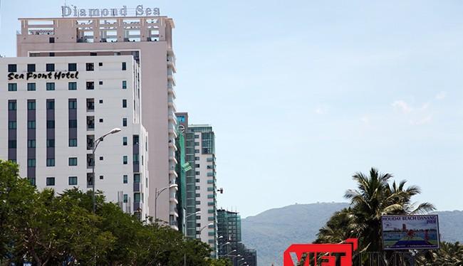 Trong năm 2015, Đà Nẵng đã chứng kiến sự ra đời của 73 khách sạn hạng từ 3 đến 5 sao với 8.485 phòng