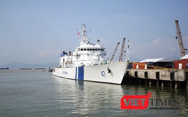 Sáng 23/10, tàu tuần tra thuộc lực lượng bảo vệ bờ biển Ấn Độ cùng 140 sỹ quan, thủy thủ đã cập cảng Tiên Sa, chính thức chuyến thăm hữu nghị TP Đà Nẵng.
