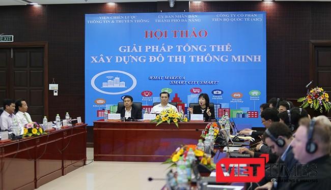 Ngày 8/11, UBND TP Đà Nẵng, Bộ TTTT, Viện Chiến lược Thông tin và Truyền thông (Bộ TT&TT) phối hợp cùng Công ty Cổ phần Tiến bộ Quốc tế AIC tổ chức Hội thảo Giải pháp tổng thể xây dựng Đô thị thông minh 2016 nhằm tìm hướng phát triển cho Đà Nẵng