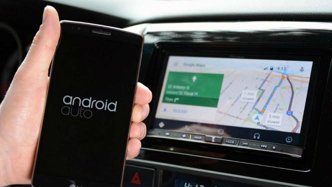 Android Auto có thay đổi lớn, tương thích với mọi xe hơi qua kết nối Bluetooth của xe hơi với smartphone Android - Ảnh: AndroidCommunity