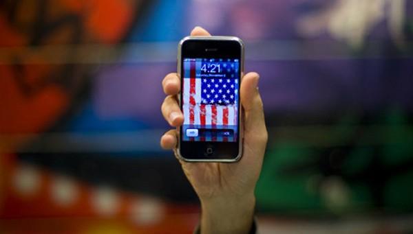 Muốn mua iPhone sản xuất tại Mỹ? Khách hàng phải chi rất nhiều tiền (ảnh: Reuters)