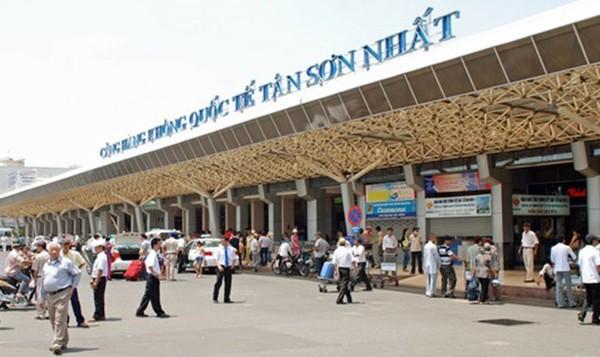Các ngành chức năng đang nỗ lực giải tỏa quá tải cho sân bay Tân Sơn Nhất (ảnh VGP News)