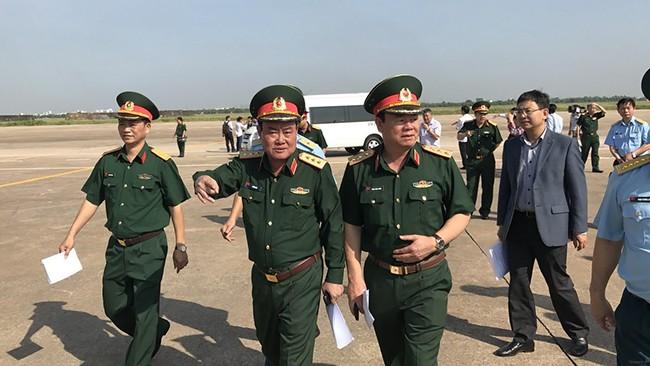 Sáng 21/2, tại Cảng hàng không Quốc tế Tân Sơn Nhất, Bộ Quốc Phòng đã ký kết bàn giao 21ha đất cho Bộ Giao thông vận tải để phát triển Sân bay Tân Sơn Nhất