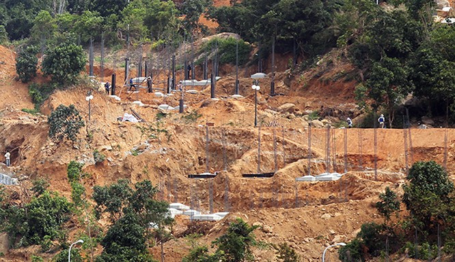 Dự án Khu du lịch nghỉ dưỡng Biển Tiên Sa trên núi Sơn Trà, một điển hình của công trình xây dựng không phép gây xôn xao dư luận