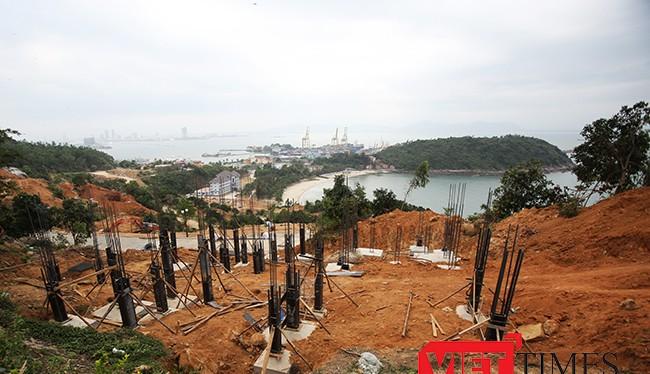 Hiện trường thi công ự án Khu du lịch biển Tiên Sa trên núi Sơn Trà