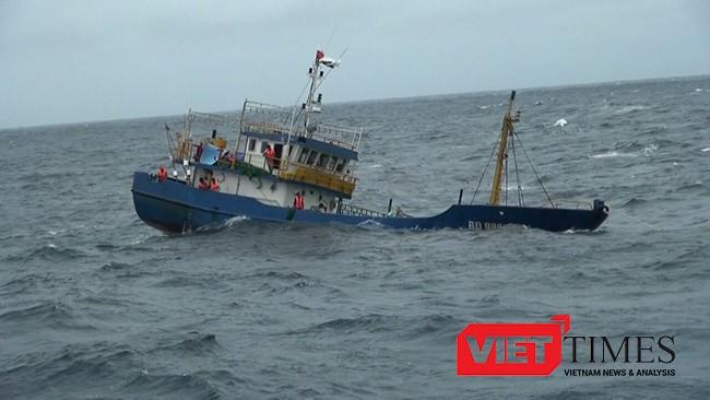 Ngư dân tàu cá Bình Định bị thương vong do tàu nước ngoài đâm chìm (ảnh minh họa)
