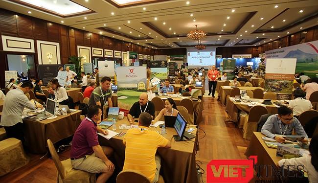Sáng 8/5, hơn 650 người là đại diện các công ty du lịch golf và các dân golf nổi tiếng từ 36 quốc gia đã đến Đà Nẵng để dự Đại Hội Du Lịch Golf Châu Á năm 2017.