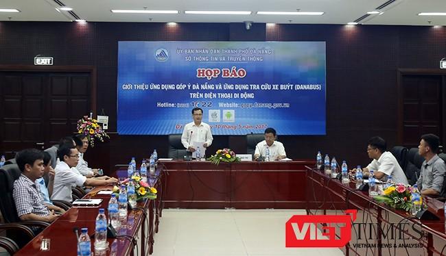 """Chiều 10/5, Sở TT&TT, cùng Sở GTVT TP Đà Nẵng phối hợp tổ chức Họp báo công bố đưa ứng dụng """"Góp ý"""" và """"Danabus"""" trên điện thoại di động vào hoạt động phục vụ người dân."""