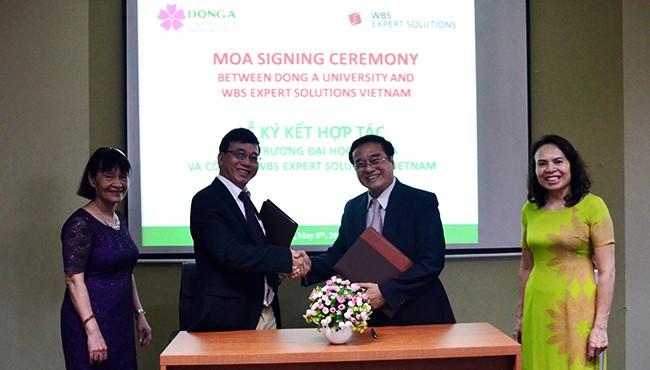 Đại học Đông Á (Đà Nẵng) và WBS Expert Solutions Vietnam vừa ký kết thỏa thuận hợp tác đào tạo nghiệp vụ Điều dưỡng theo chuẩn châu Âu dành cho sinh viên Điều dưỡng ĐH Đông Á và tìm kiếm cơ hội cho sinh viên làm việc tại Đức.