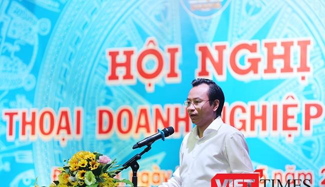 Bí thư Thành ủy, Chủ tịch HĐND TP Đà Nẵng Nguyễn Xuân Anh phát biểu tại buổi Đối thoại với doanh nghiệp năm 2017